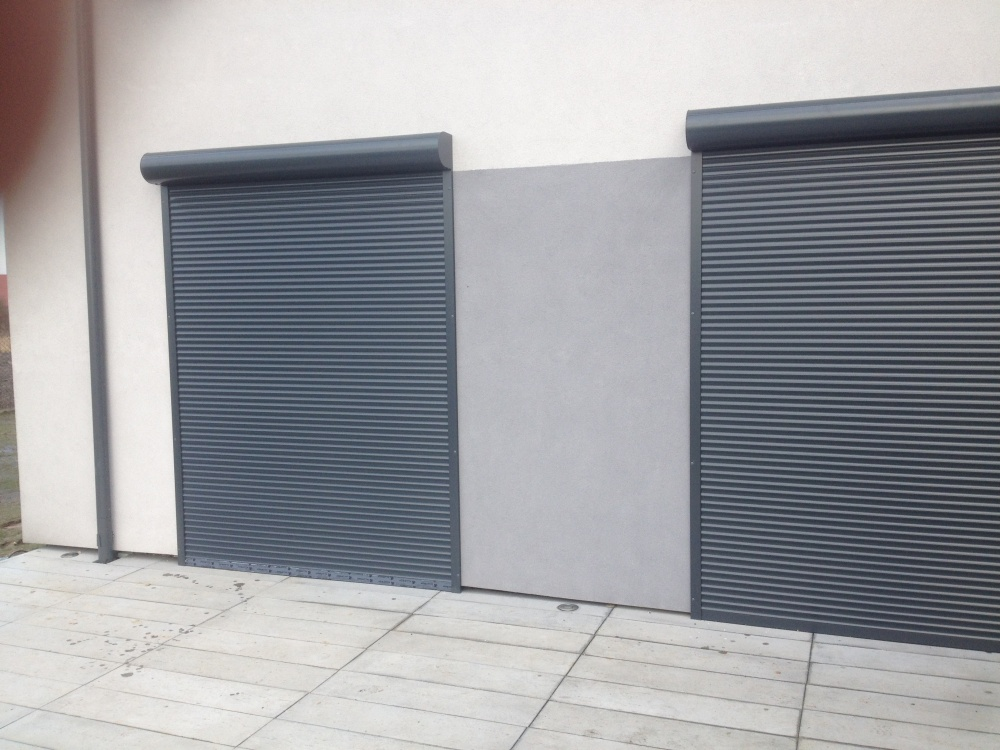 W Mega Rolety zewnętrzne natynowe antracyt Tychy, Fasada system MJ78